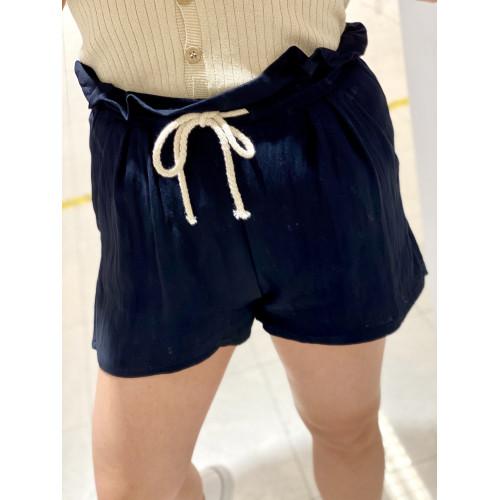 Short Liso Cuerda