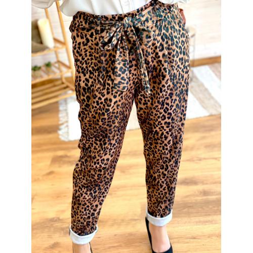 Pantalón leopardo
